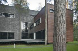 Дом «Пропилеи» - окно в природу на Рублево-Успенском шоссе