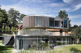 Дом в форме спиннера в Лондоне
